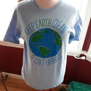 Men's Tee Sz L Keep Earth Clean It Isn't Uranus
